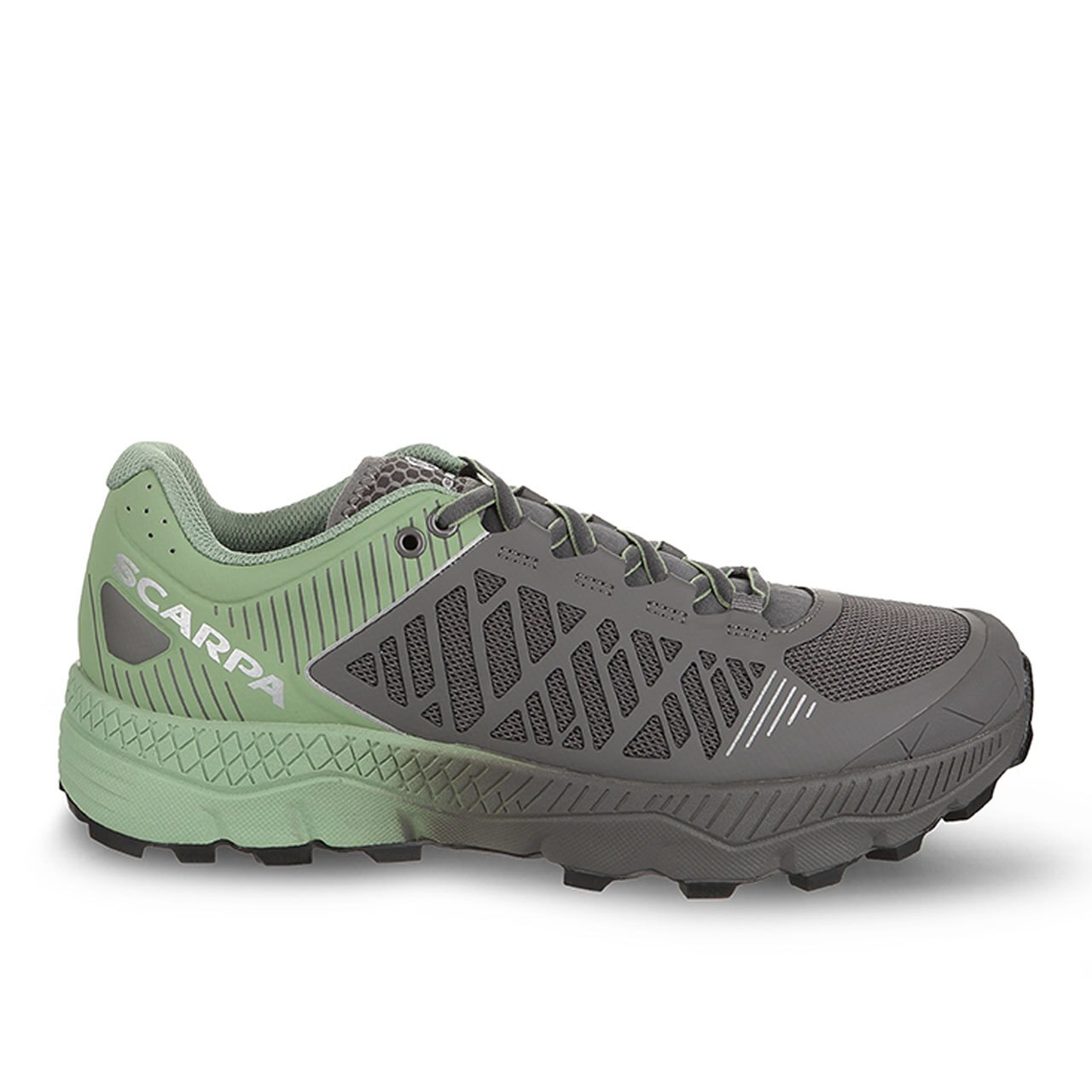 womens trail running shoes